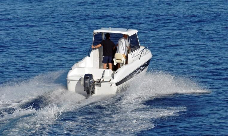 Saver 590 Fisher, Kajütboot mit Hardtop aus Italien bei Schütze-Boote Berlin