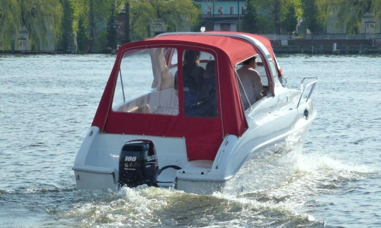 Saver 620 Cabin bei Schütze-Boote Berlin