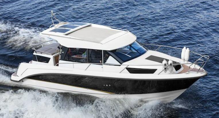 Bella-9000 bei Schütze-Boote