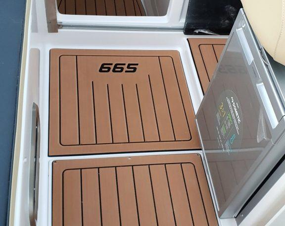 DRAGO 665 Exclusive - Premiere bei Schütze-Boote Berlin