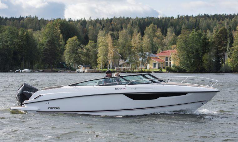 Flipper 800 DC | Schütze-Boote Berlin