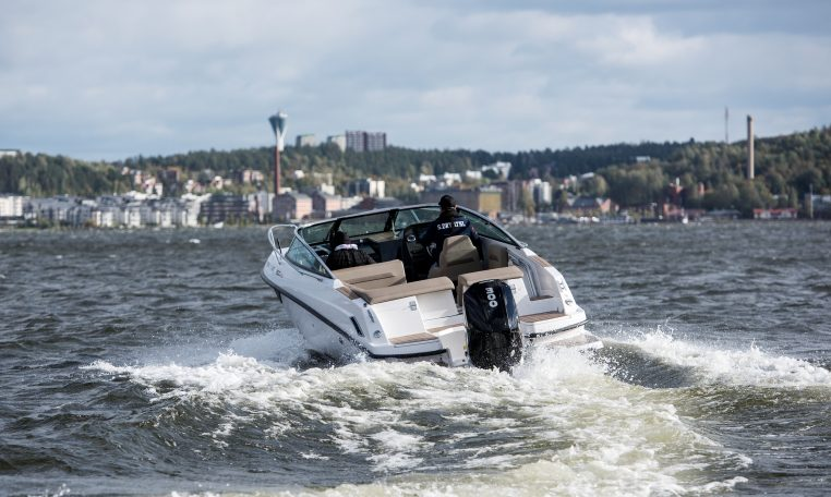 Flipper 800 DC| Schütze-Boote Berlin