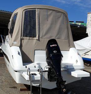 Saver-690-Cabin-Heckplattformen_schuetze-boote